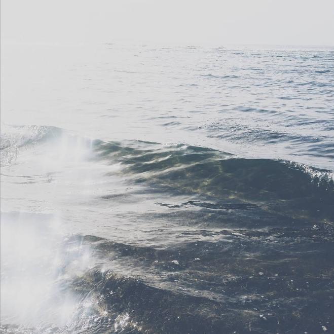 waves-phonephotography-deannaalys